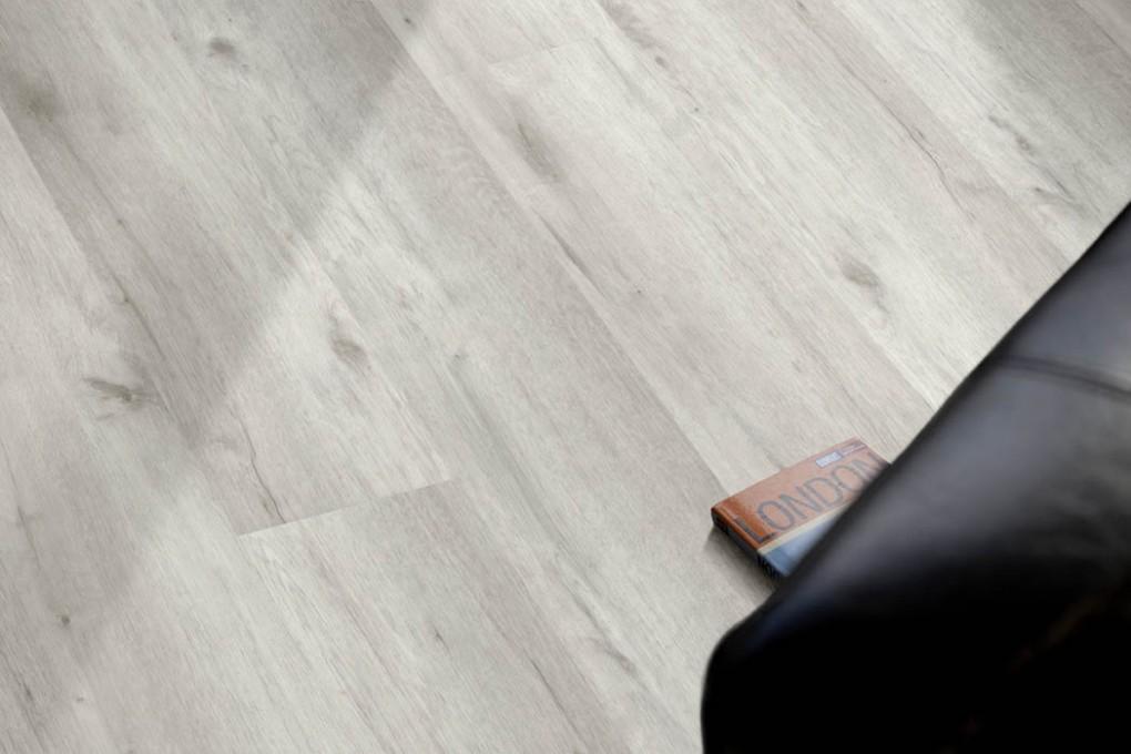 VinFloors Vinylboden TEC 8,0 mm Eiche Luna Landhausdiele