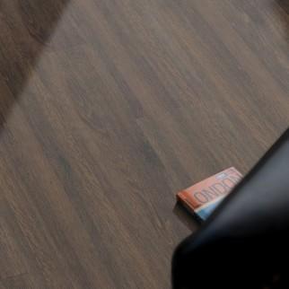 VinFloors Vinylboden PLANK 2,5 mm Mooreiche Landhausdiele